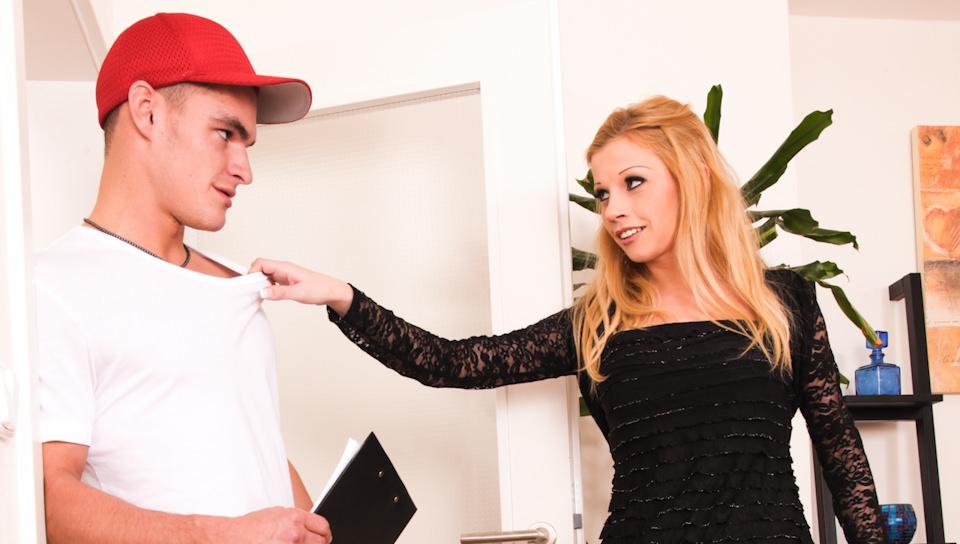 Lucky boy fucks hot blonde girlfriend