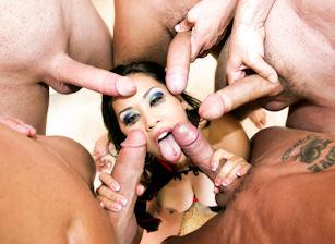 Jessica Bangkok, Chris Charming, Marco Banderas