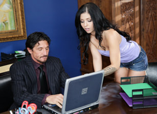 Filthy Family #09, Scene #04