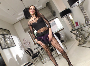 BTS-Rocco's Perfect Slaves #02, Escena 8