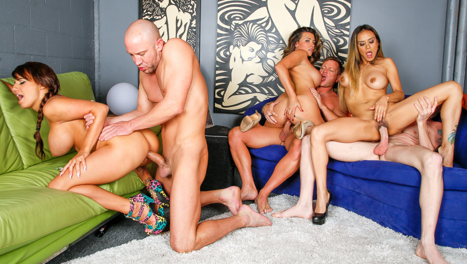 FRANKIE: Three couples swinger videos