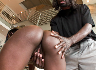 I Came Inside A Black Girl #02 - Part 01, Scena 3