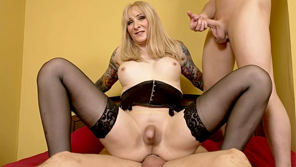 Transsexual Prostitutes #52, Scene #04