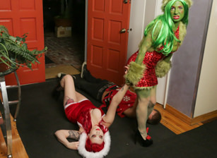 How The Grinch Gaped Christmas - Chapter 1, Scène 1