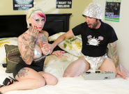 Killer Kleavage From Outer Space – Tommy Pistol & Jessie Lee