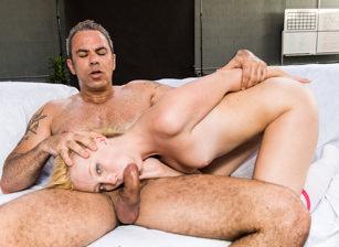 2 Cute 4 Porn Scène 2