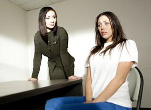 Prison Lesbians #03 Scène 1