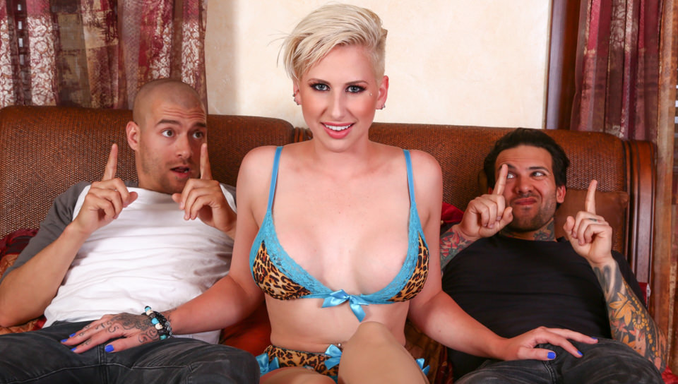 Double Teaming My Stepsister Dylan Phoenix, Scene #01