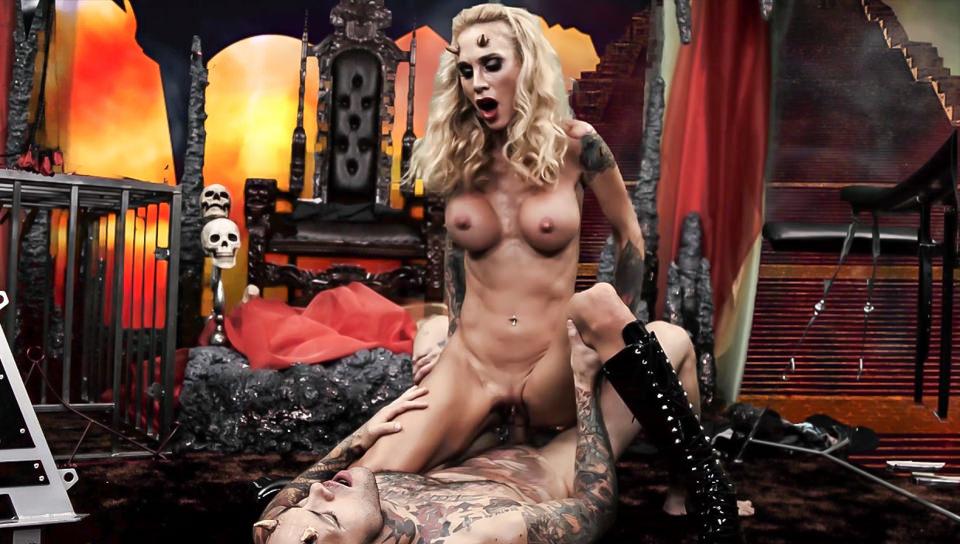 Cindy Queen of Hell Part 3, Scene #01