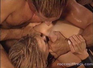 Sandy Insatiable Scene 07